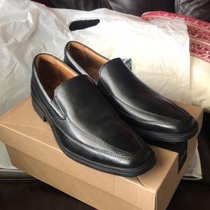 Clarks Men's Tilden Free Black Leather Loafers